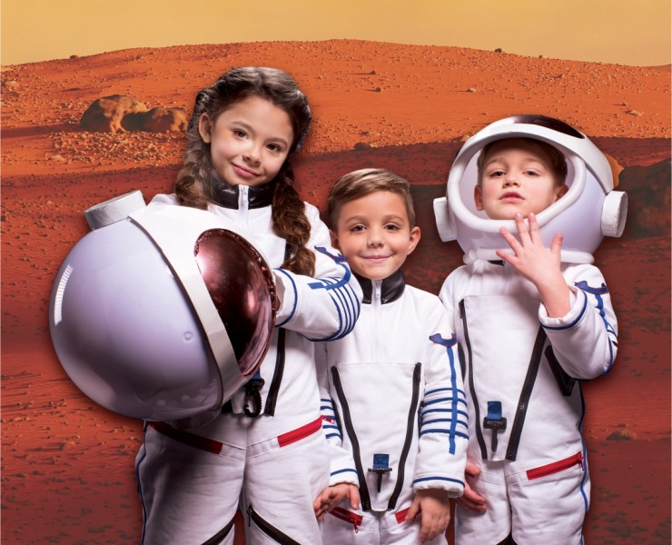FIRST KIDS ON MARS
